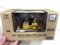 Caterpillar 1:50 Scale Diecast D6R Track-Type Tractor Engineering Vehicle Model