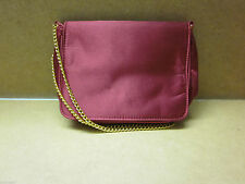 Markenlose Damentaschen mit Deckelklappe