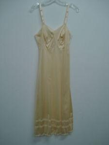 """NWT Women's USA Made Nancy King Lingerie 29"""" Full Dress Slip Size 32 Beige #20N"""
