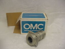New OMC Johnson Evinrude bearing housing assy 984977     C55