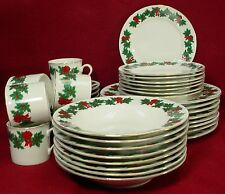 LIBBEY china CHRISTMAS HOLLY lie1 pattern 40-pc SET SERVICE for EIGHT (8)