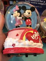 Disney Mickey & Minnie Mouse 2021 Musical Snow Globe Walgreens Exclusive New