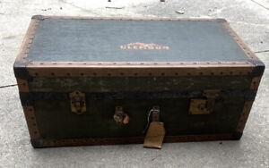 Vtg Atq Steamer Trunk Footlocker Storage 30L x 16.5W x 12H Chest Clemson Sticker
