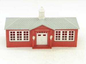 O Gauge Bachmann Plasticville School House Kit SC-4