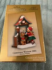 Hallmark Keepsake Christmas Ornament - Collectors Series Christmas Window 2004