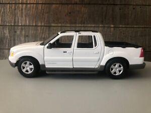 2001 Ford Explorer Sport Trac – Maisto Special Edition 1/25 Scale Diecast