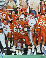 Barry Sanders Signed Oklahoma State  Action vs Sooners 16x20 Photo - SS COA