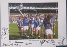 EVERTON LEAGUE CHAMPIONS PHOTO. SIGNED BY 7 PLAYERS