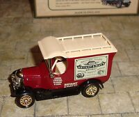 LLEDO - DAYS GONE -  1926 BULL NOSE MORRIS VAN - BRYANT & MAY'S MATCHES - BOXED