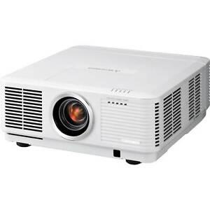 Mitsubishi UD8350U Full HD WUXGA Movie Theater Video Projector - 6500 Lumens!