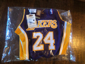MITCHELL& NESS Kobe Bryant 2006-2007 Los Angeles Lakers PURPLE JERSEY,NIB,SZ. 40