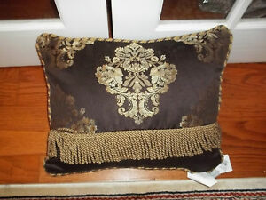 NWT Waterford Charlemont Chocolate Oblong Decorative Bed Pillow
