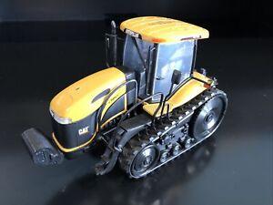 1/32 Cat Challenger Mt765 Tractor
