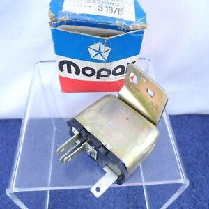 NOS Horn Relay & Key Buzzer 1971-1973 Dart Demon Duster Scamp Signet Valiant OEM