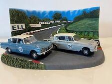 Vanguards 1/43 RD1002 Ford Classic 109E 2 Piece Set & Brands Hatch Diorama
