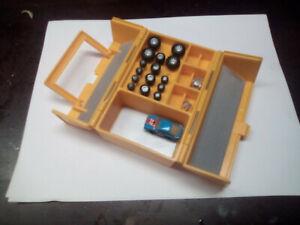 Micro Machines Toolbox/Custom Mechanic Shop near complete 1990 Galoob