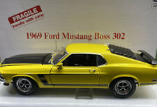 Danbury Mint 1969 Ford MUSTANG Boss 302 VERY VERY RARE 1/18 Scale w/title YEL