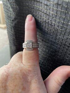 1ct Diamond Nexus RingLORIAN PLATINUM