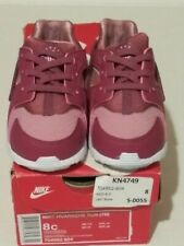New Nike kid shoes size 8