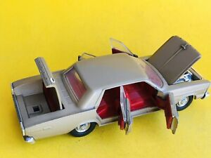 French Dinky Toys 1402 Ford Galaxie 500 Made In France