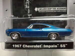 Greenlight 1967 CHEVY IMPALA SS Blue '67 w/RR MCG Hobby Collection
