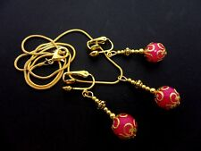 A PRETTY PINK JADE NECKLACE AND  CLIP ON EARRING SET. NEW.