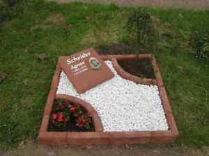Urnengrabeinfassung