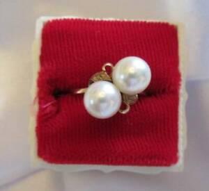 Vintage 14K and Pearl Ladies Ring Size 6.5 -  7