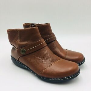 Clarks Collection Women's Ashland Pine Leather Ankle Boot Size 7M Tan