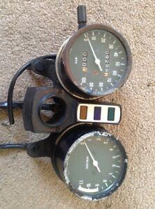 Kawasaki Z200 Z 200  Speedo Clocks  Showing 9259 Miles