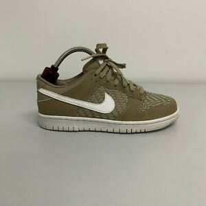Nike dunk low Size 7