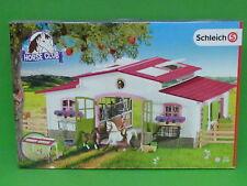 Schleich® 42344 HORSE CLUB Reiterhof mit Reiterin und Pferden Blitzversand DHL