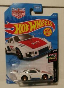 Hot Wheels Porsche 935 Magnus Walker ERROR Missing Side Tampo Naked Protector