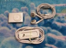 Apple iPod Shuffle 2nd Gen. Silver Model A1204 1GB W/ Dock - Tested & Working
