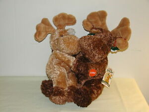 Vintage Mr & Mrs Moose L Toe Christmas Plush Kissing Pair by Ganz 15in c1990s