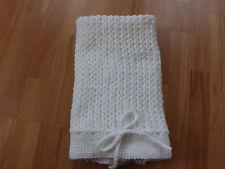 Babydecke Decke  Plaid Kinderwagendecke Taufe  Handarbeit 73×63 cm weiß