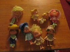 Strawberry Shortcake lot of 8 vintage dolls with some clothes