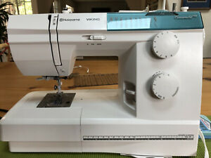 Husqvarna Viking Emerald 118 Sewing Machine Barely Used