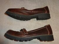 NO BOUNDARIES BROWN SHOES WOMENS SIZE 7