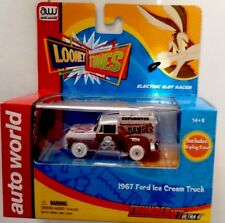 New AutoWorld Chase WhiteLightning Looney Toons Wile E Coyote Ice Cream Truck
