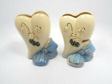 Vtg Pair of USA Pottery Stylized Heart w/ Blue Bow & White Flowers Wall Pockets