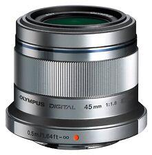 Olympus M.Zuiko Digital ED 45 mm / 1,8 Objektiv B-Ware vom Fachhändler silber