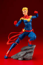 MARVEL UNIVERSE Captain Marvel Statue [IN STOCK]