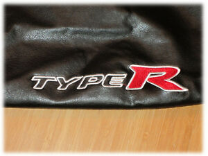 BONNET BRA HONDA CIVIC 7 2001 - 2005 WITH EMBROIDERED TYPE R LOGO STONEGUARD