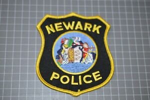 Newark New Jersey Police Patch (B17-A1)