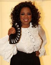 Oprah Winfrey UNSIGNED photo - E1622 - Actress and Talk Show host