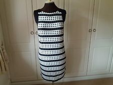 Black and white stretch dress from Ben de L.isi at Princples - size 12