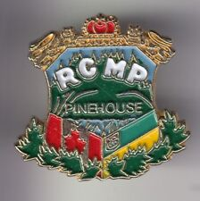 RARE PINS PIN'S .. POLICE MONTEE RCMP PINEHOUSE CANADA GENDARMERIE ROYALE  ~DU