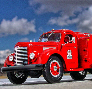 LAST NEW - TEXACO OIL TEXAMATIC 1949 International Gasoline Tanker - First Gear