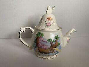 Disney Alice In Wonderland Teapot.  New In Box.